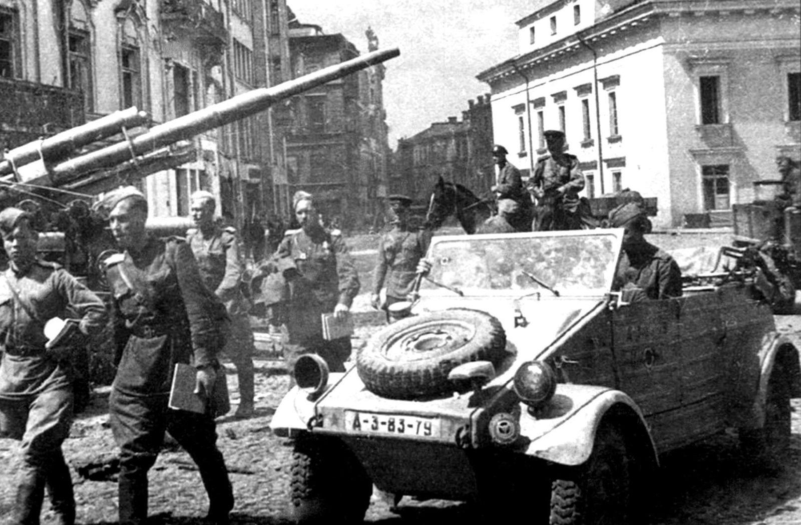 Кюбельвагены: армейские внедорожники Вермахта от BMW, Mercedes-Benz, VW и не только