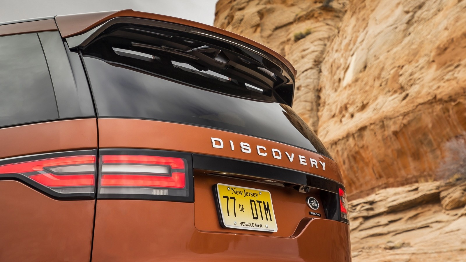 Discovery Namib Orange_325