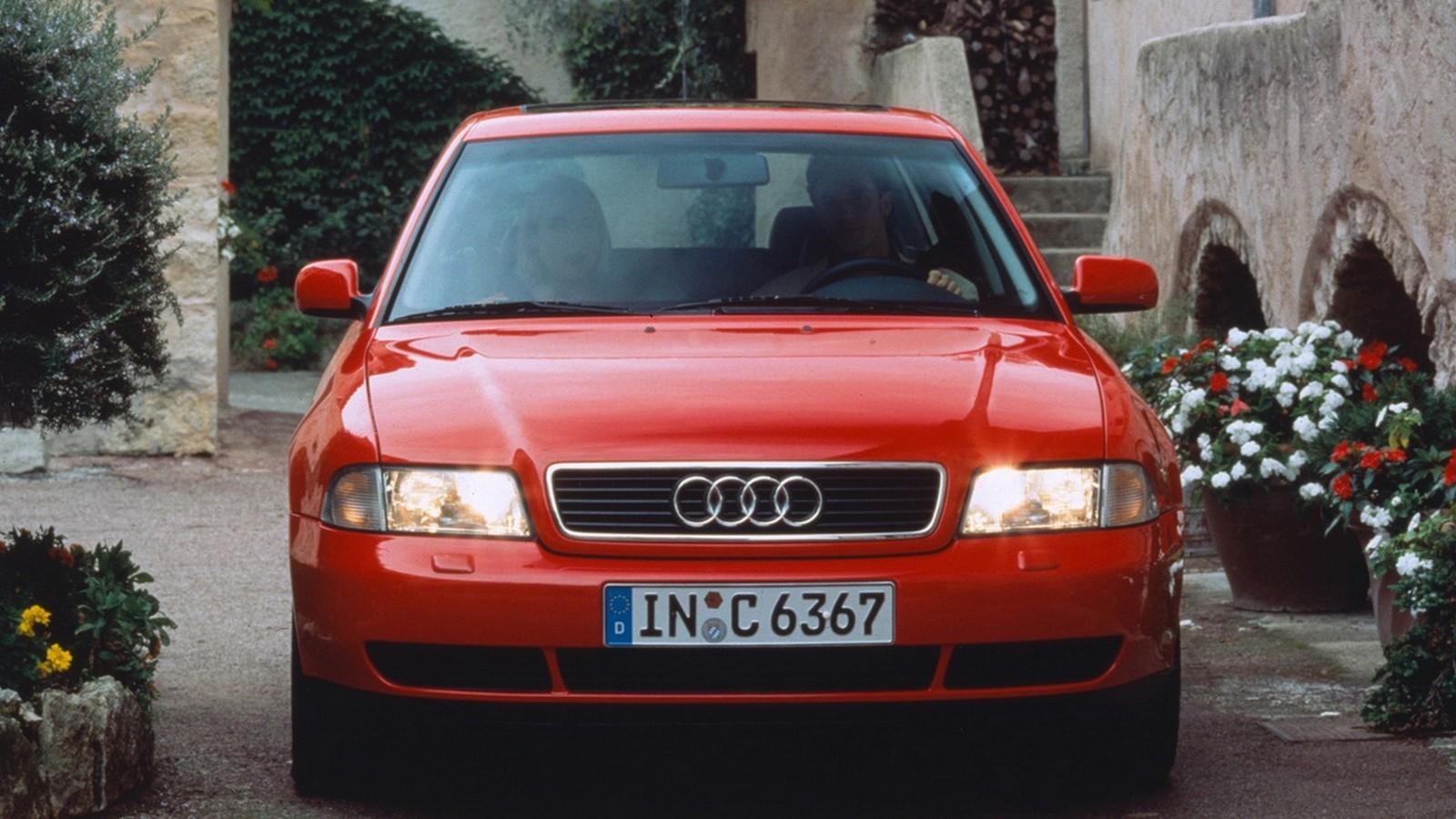 На фото: Audi A4 (B5,8D) '1994–97