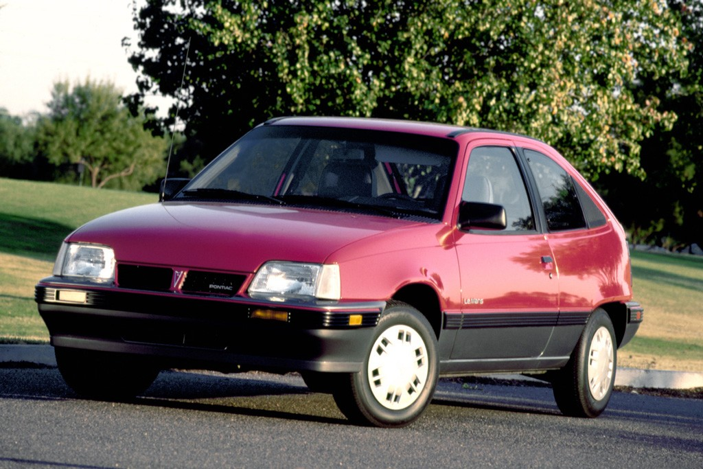 Эмблема Pontiac, кузов хэтчбек и удлинённая база: мифы и факты о Daewoo Nexia