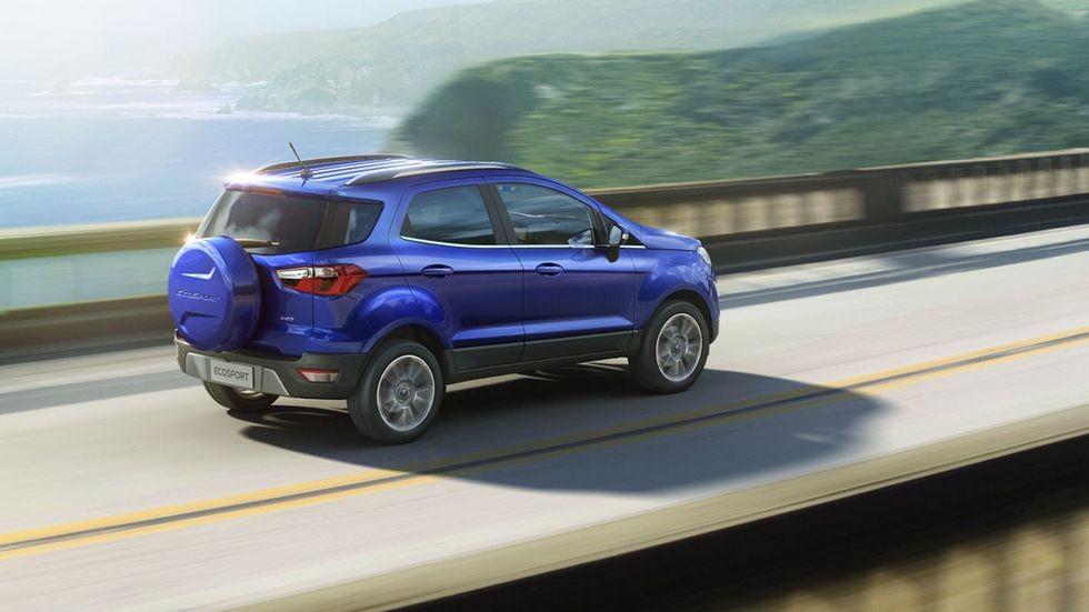 Ford_EcoSport_rear_drv_1200