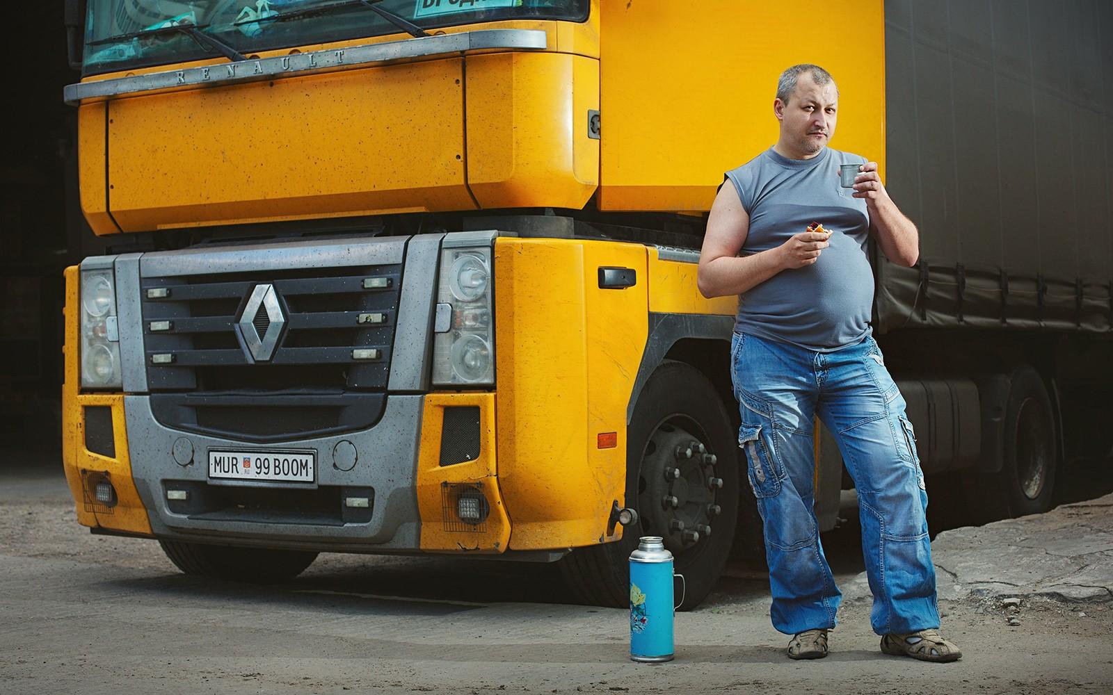 licence-plates-trucker