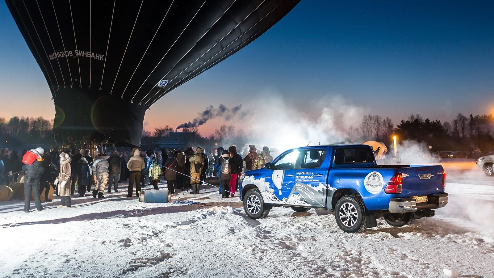 Купить Toyota Hilux можно от 2 018 000 рублей