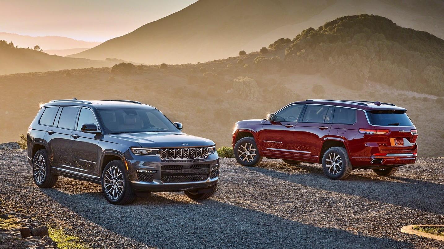 Новый Jeep Grand Cherokee дебютировал в трёхрядном исполнении, но короткий тоже будет