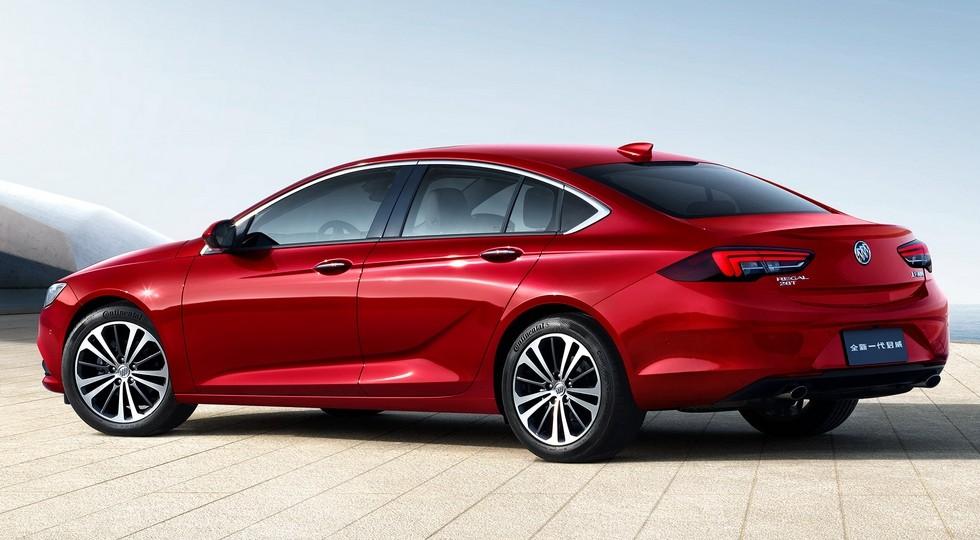 На фото: Buick Regal для Китая