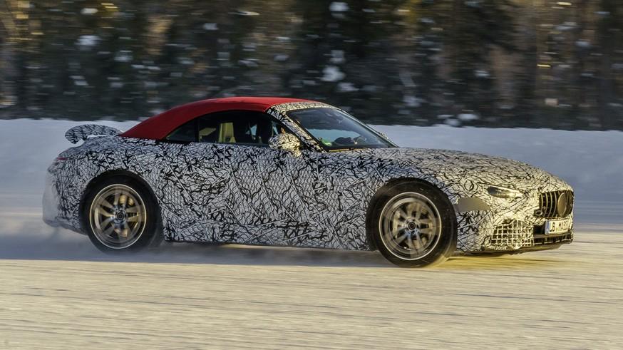 Mercedes-AMG готовит следующий родстер SL: новые изображения