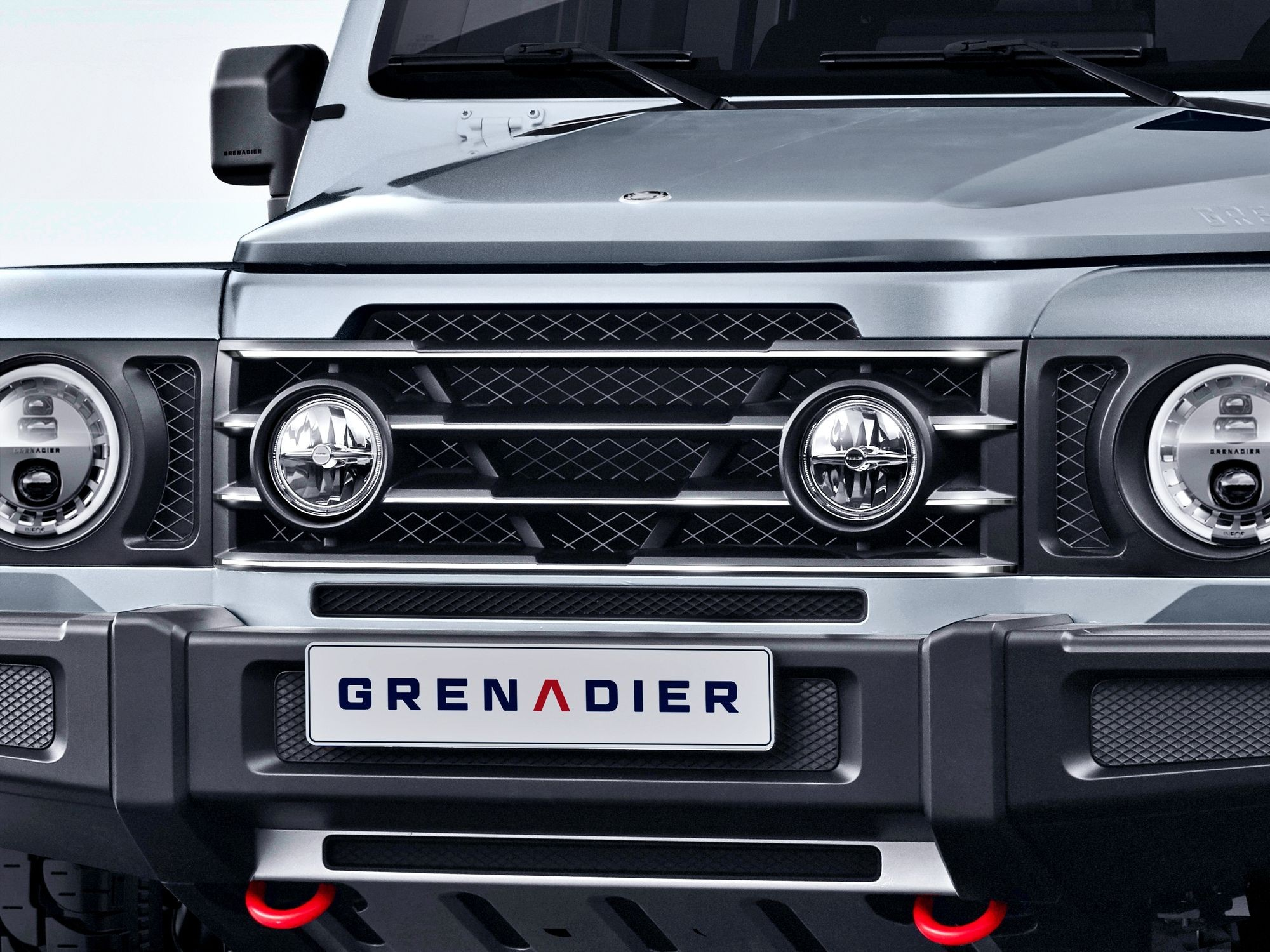 Ineos покупает завод smart, внедорожник Grenadier переезжает во Францию