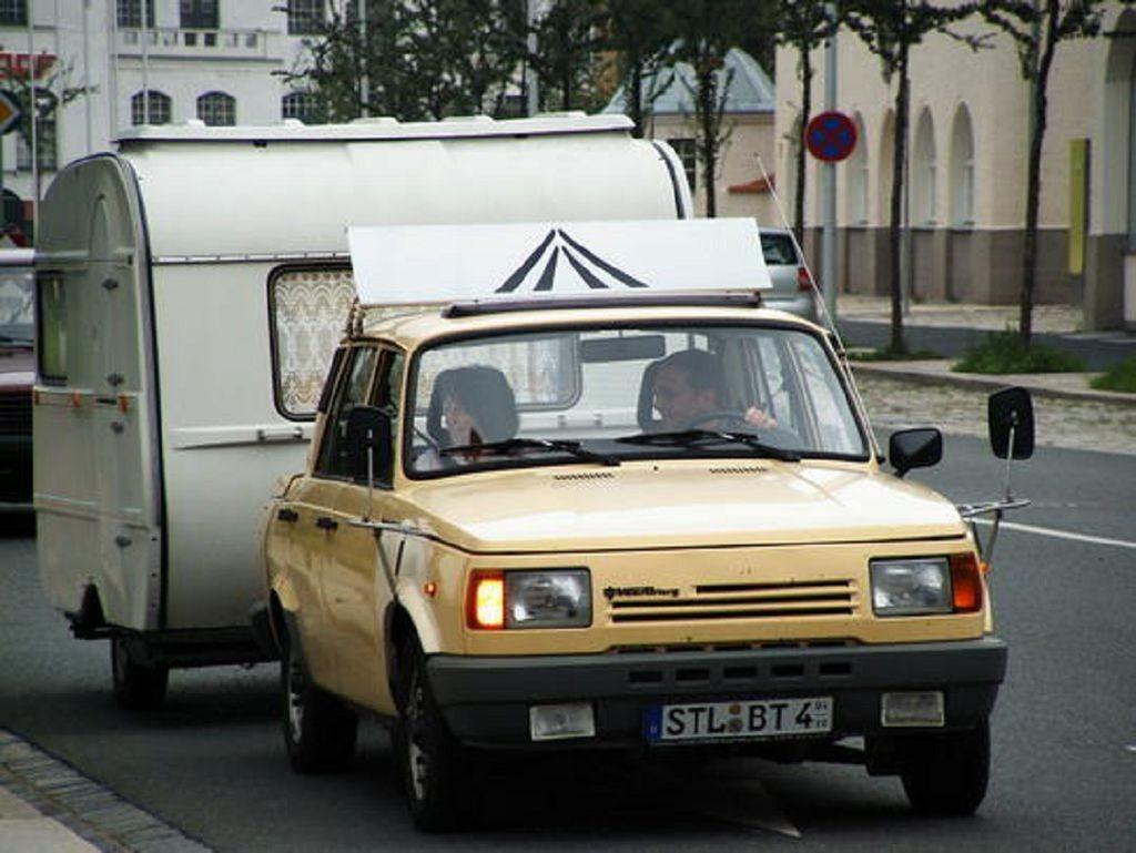 Когда Германия в роли догоняющего: сравнение Wartburg 1.3 и ВАЗ-2105