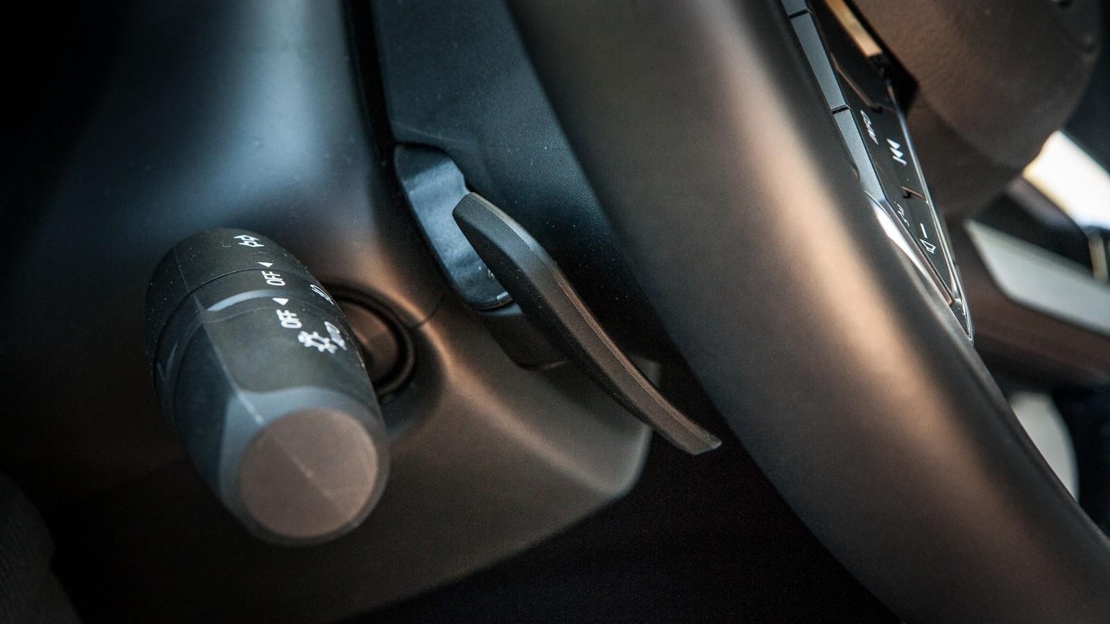 Mazda6 подрулевой лепесток