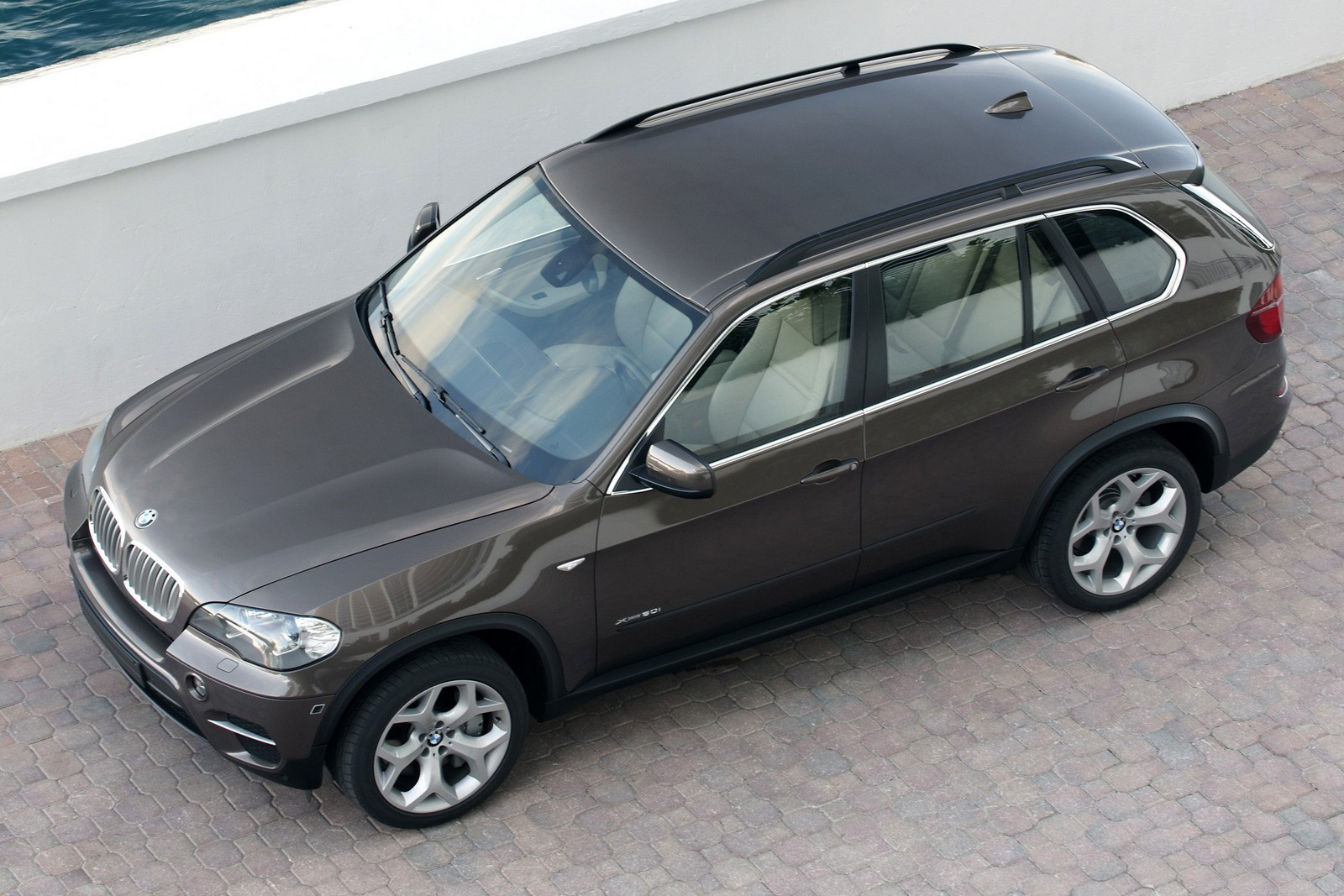 BMW X5 xDrive50i Worldwide (E70) '2010–13