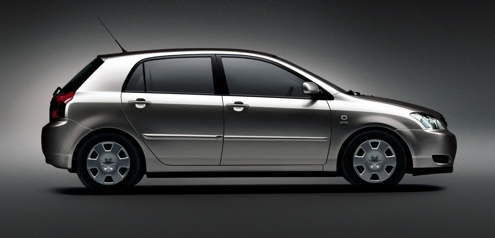 Toyota Corolla 5-door Worldwide '2001–04с