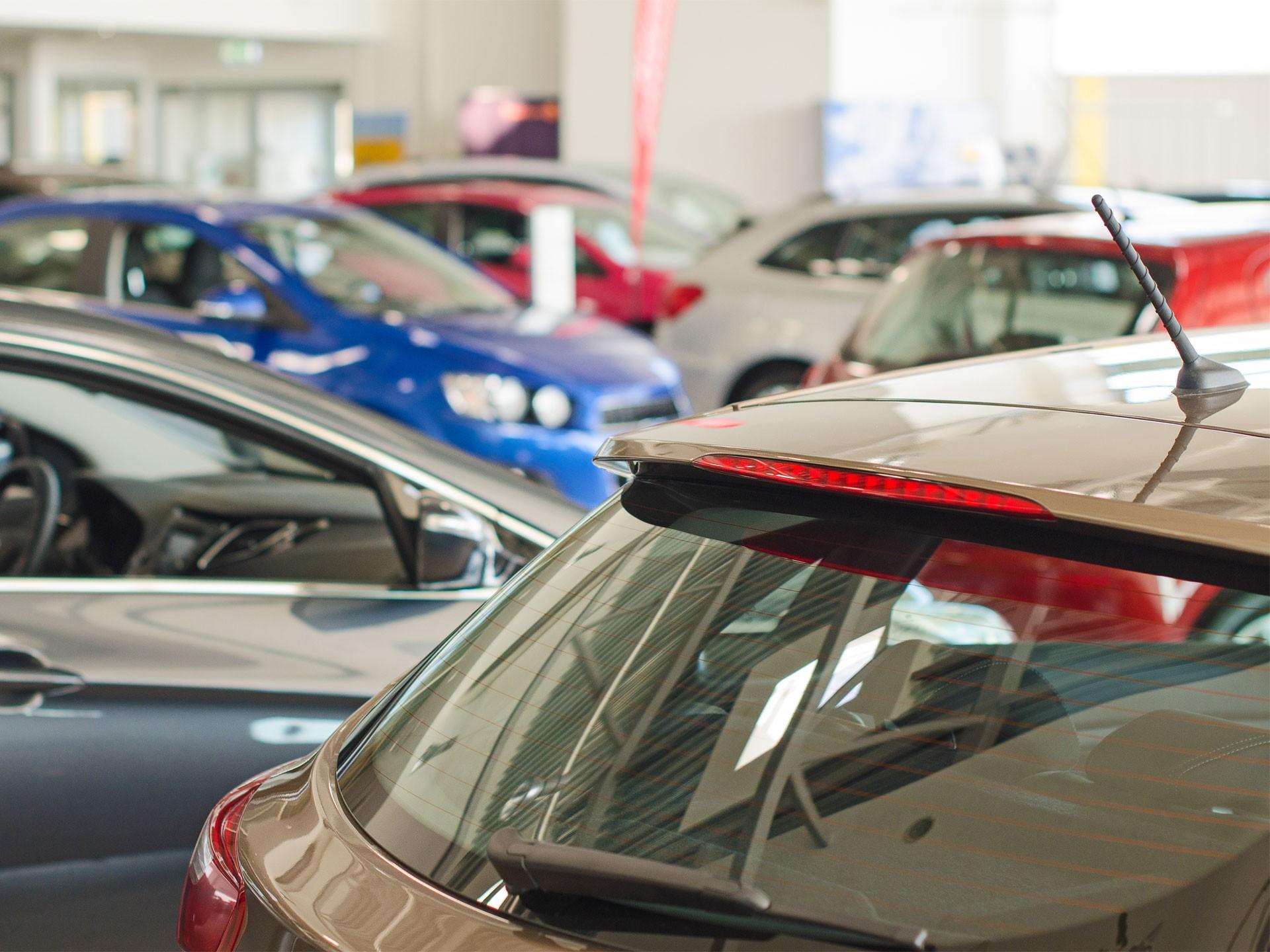 Авито Авто: на вторичном авторынке стали чаще продавать подержанные автомобили в возрасте до года