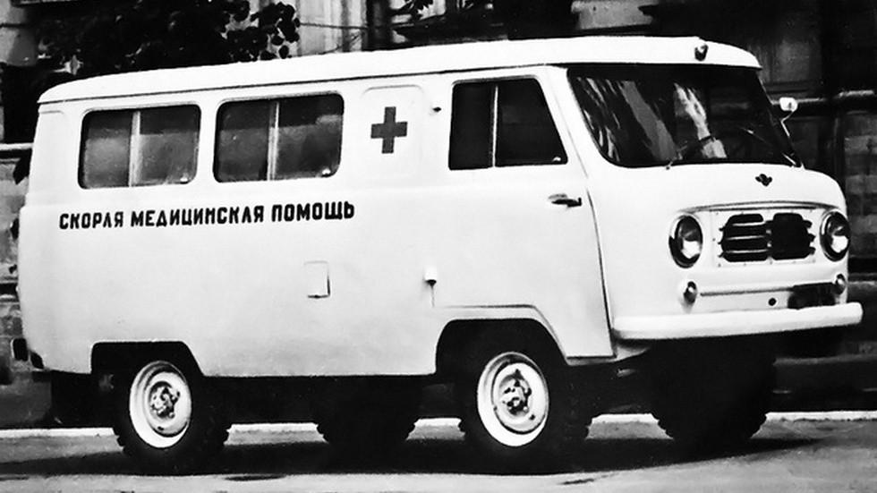 Опытный образец УАЗ-450А и полвека спустя внешне не сильно отличается от современной модели УАЗ-3962!