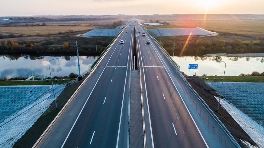Автозаправок на трассах станет больше: одобрены новые требования к дорогам