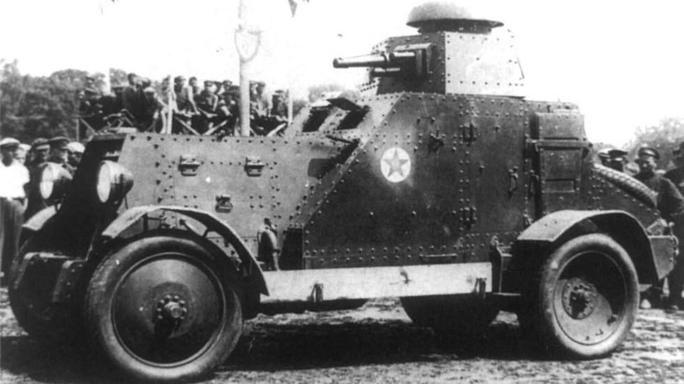 Первая советская башенная бронемашина БА-27 с 37-мм пушкой