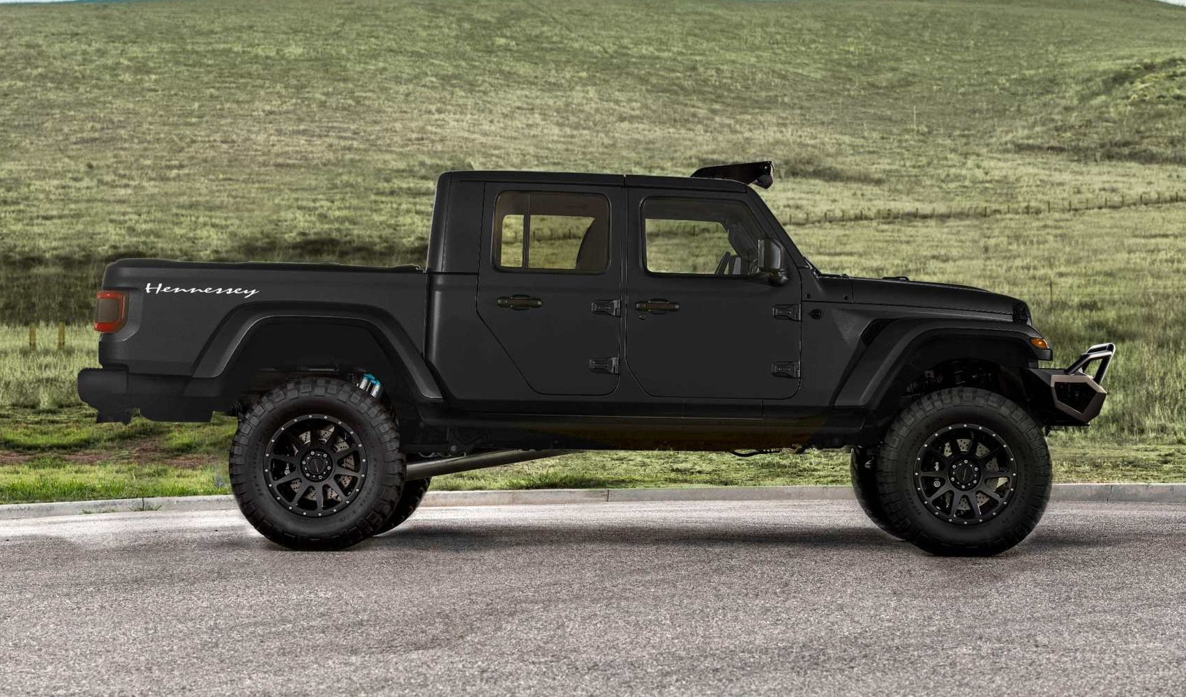 Hennessey-Maximus-Jeep-side-min