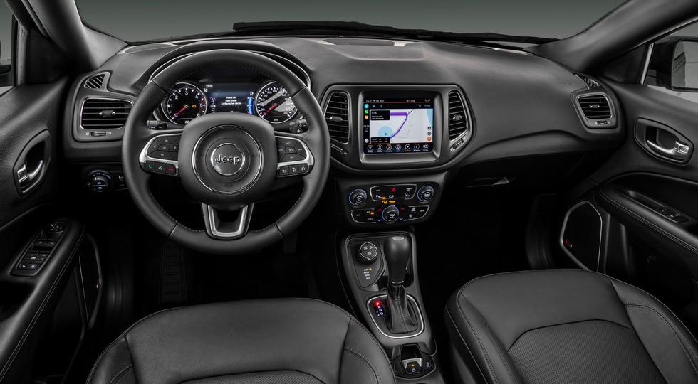 Jeep анонсировал новый кроссовер: семь мест, только турбомоторы. И это не растянутый Compass