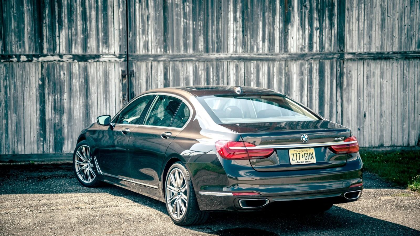 BMW 740i (актуальная версия)