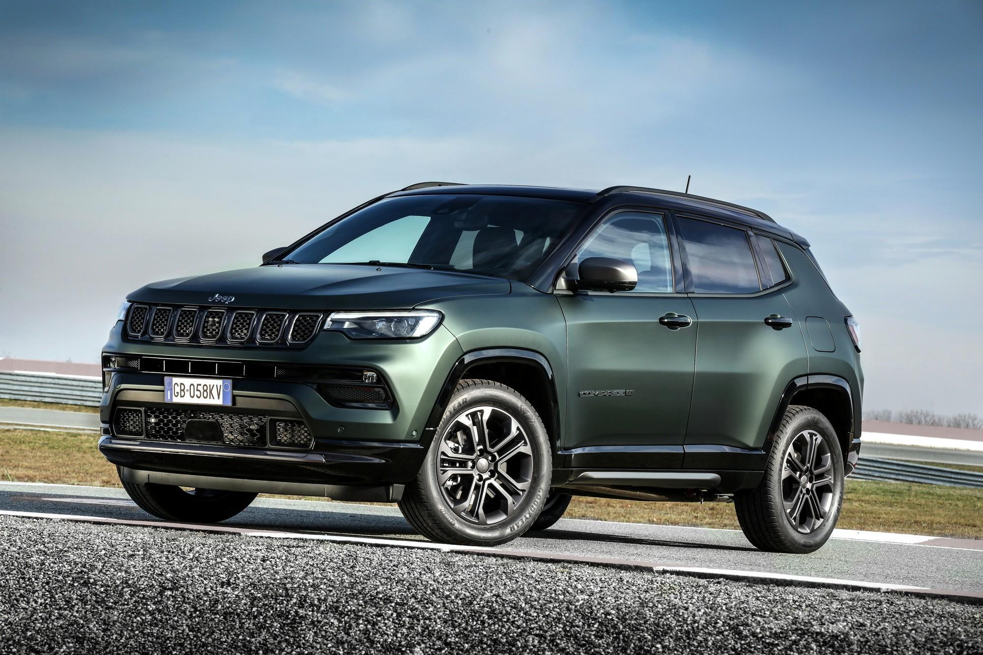 «Китаец» подкрался незаметно: обновлённый Jeep Compass показали в Европе