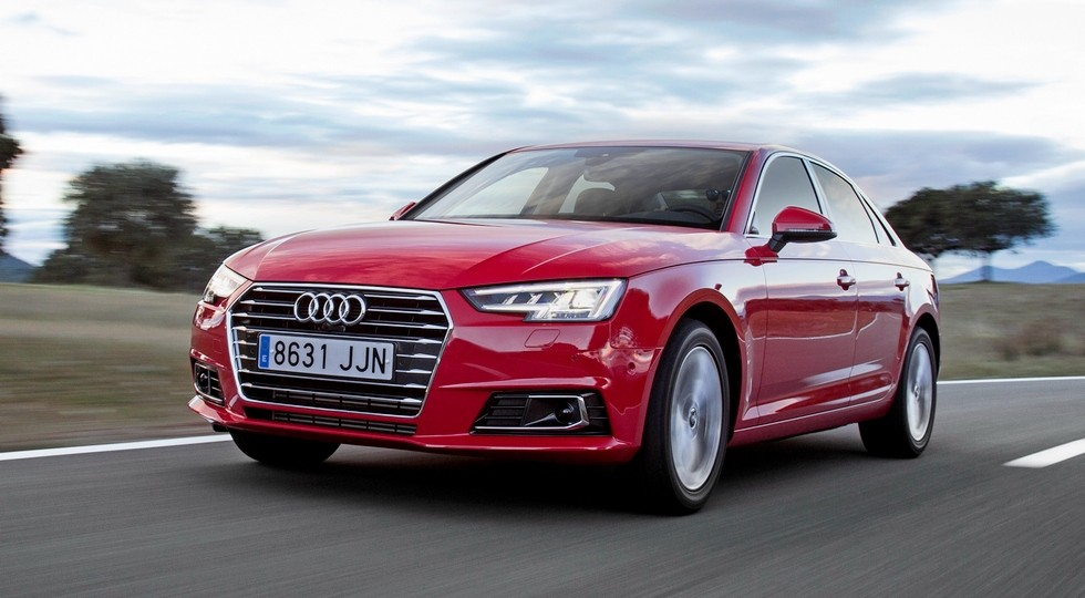 На фото: Audi A4'2015