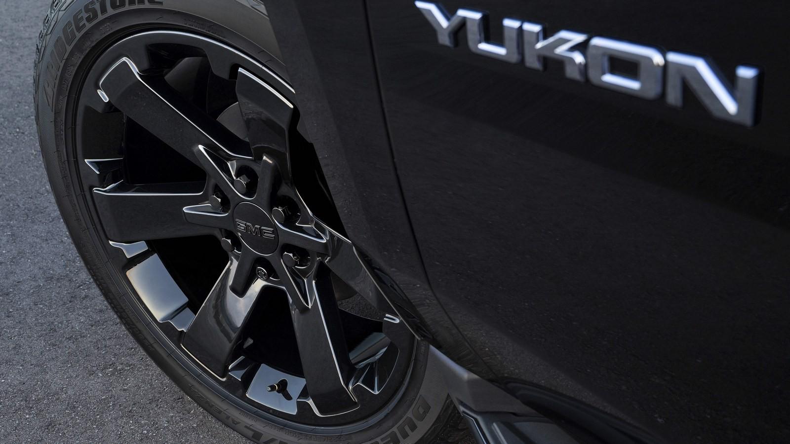 GMC Yukon Graphite Performance Edition