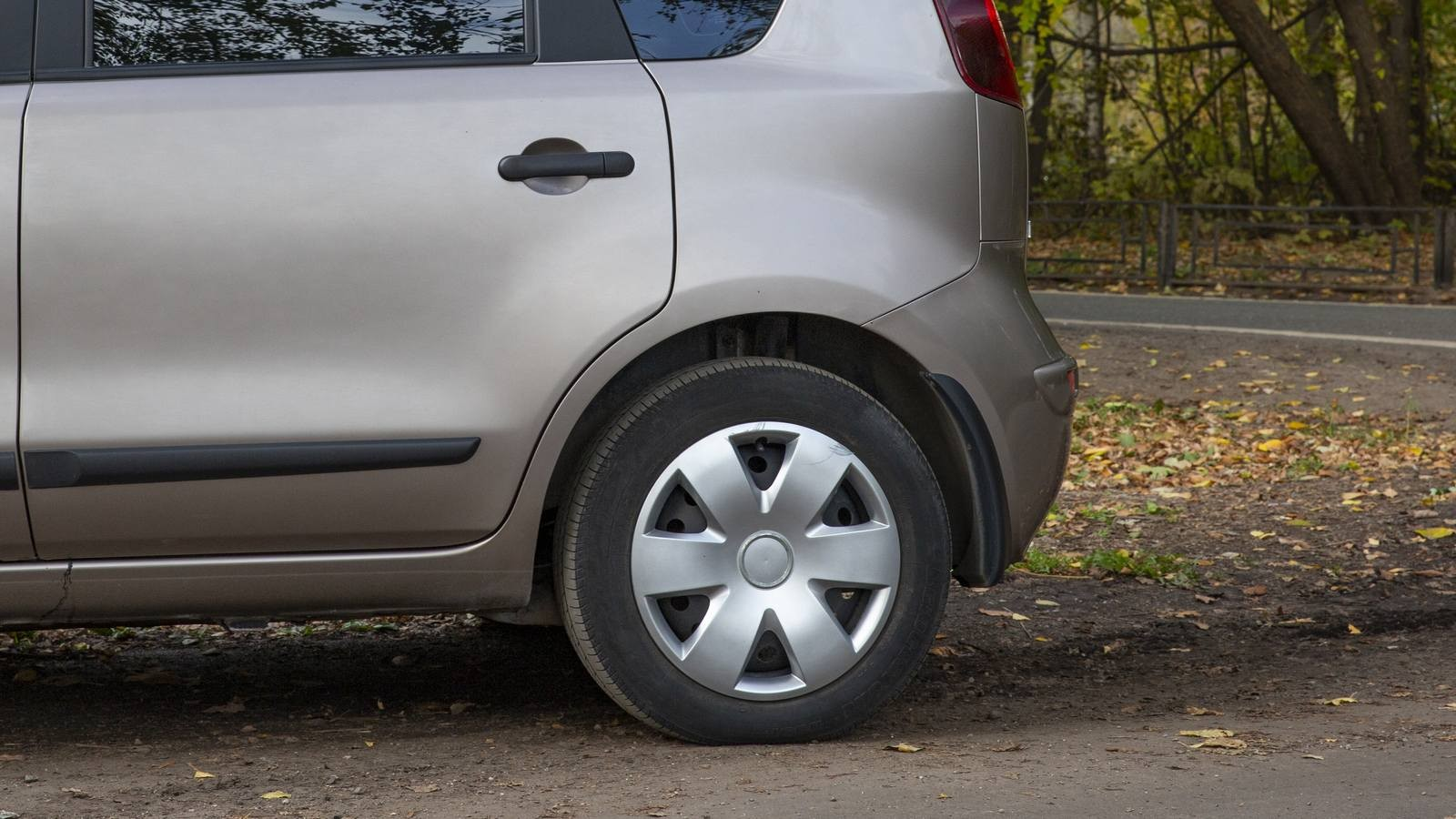 Недостатки и слабые места Ниссан Ноут с пробегом   Nissan Note  