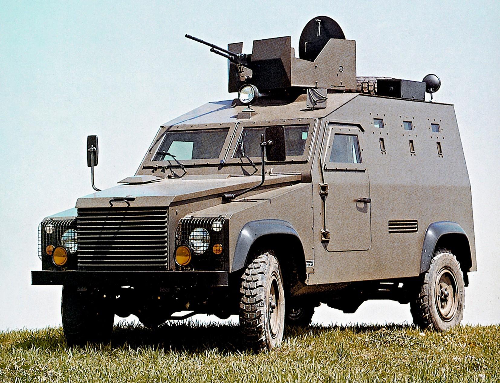 Легкая многоцелевая машина Otokar APV с пулеметной башней