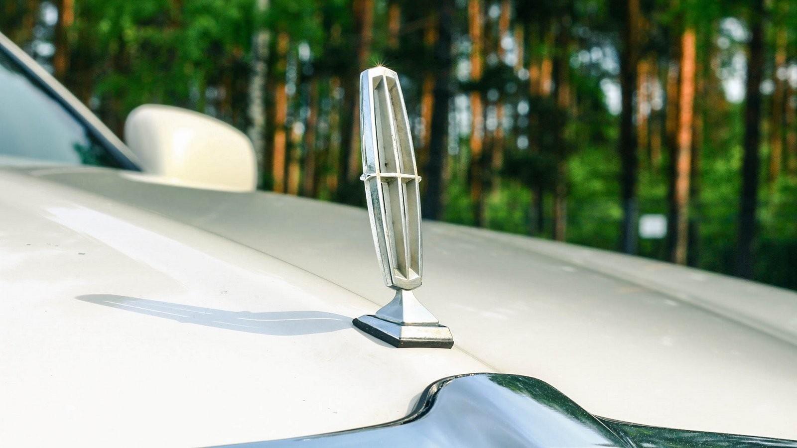 Lincoln Town Car III прицел (1)