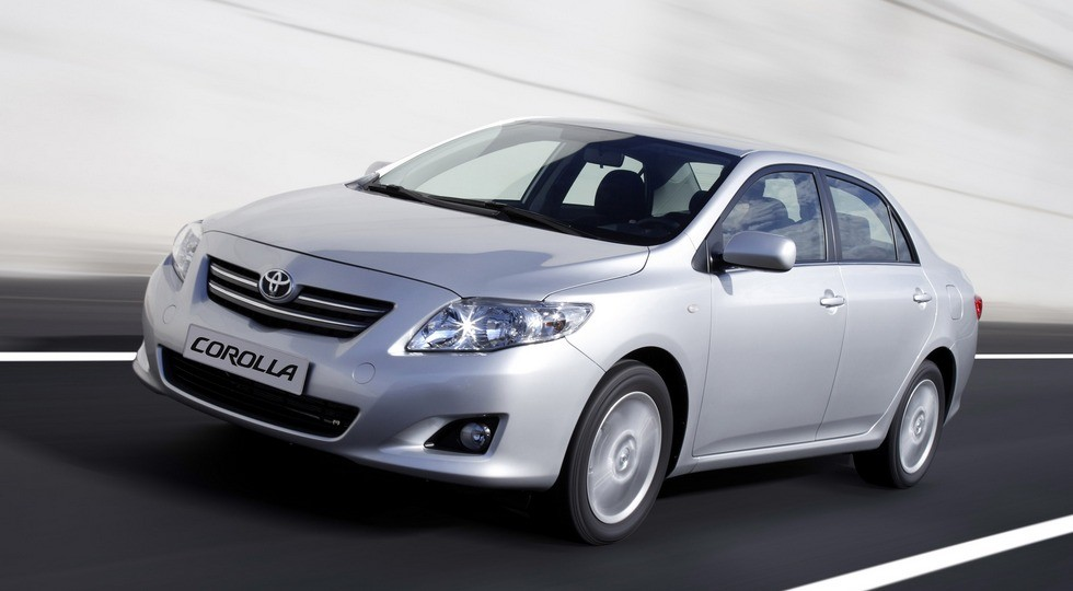 На фото: Toyota Corolla'2007–10
