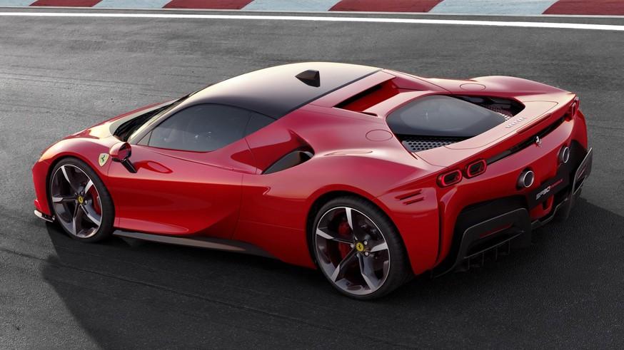 SF90 Stradale опаздывает: Ferrari отложила производство 1000-сильного гиперкара
