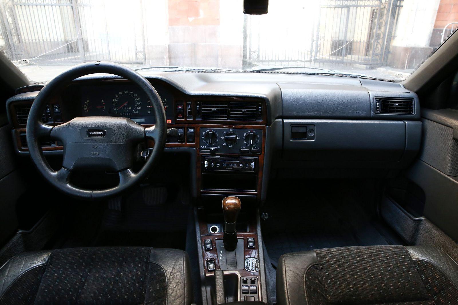 Volvo 850 с пробегом: удивительно целый кузов и большой выбор деталей с распилов