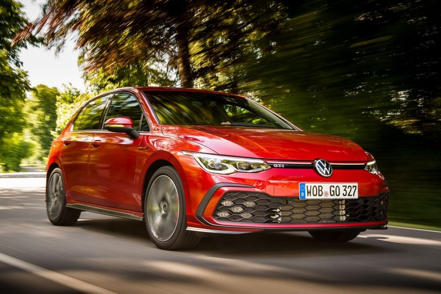 Volkswagen Golf возвращается в Россию в компании «горячей» 245-сильной версии GTI
