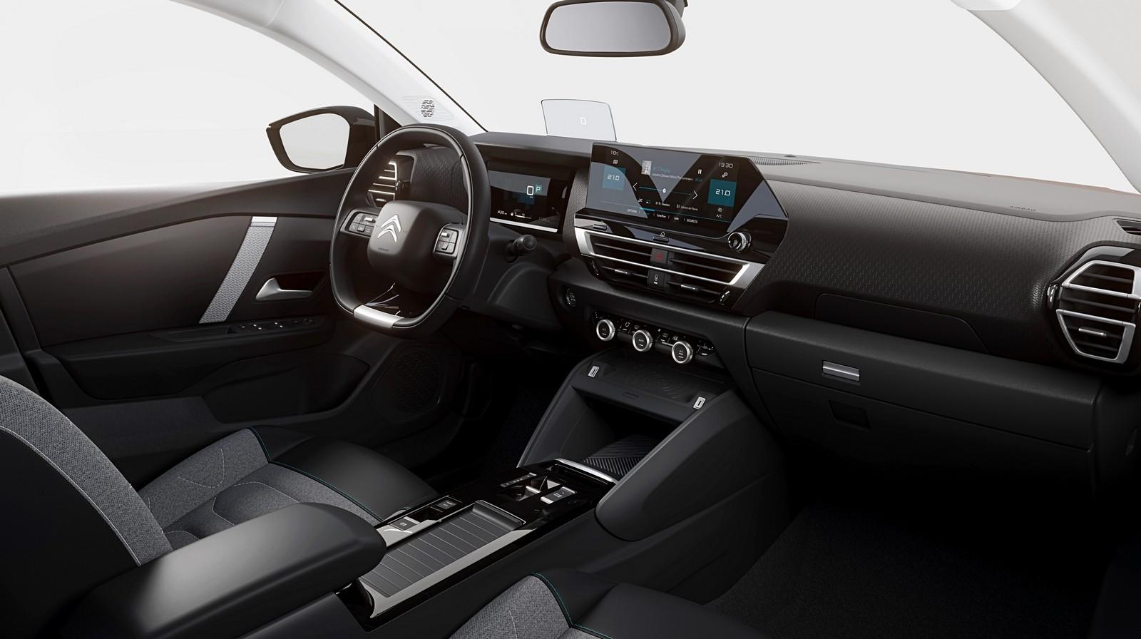 Новый Citroen C4 – Mokka с плюсом и эффектом ковра-самолёта