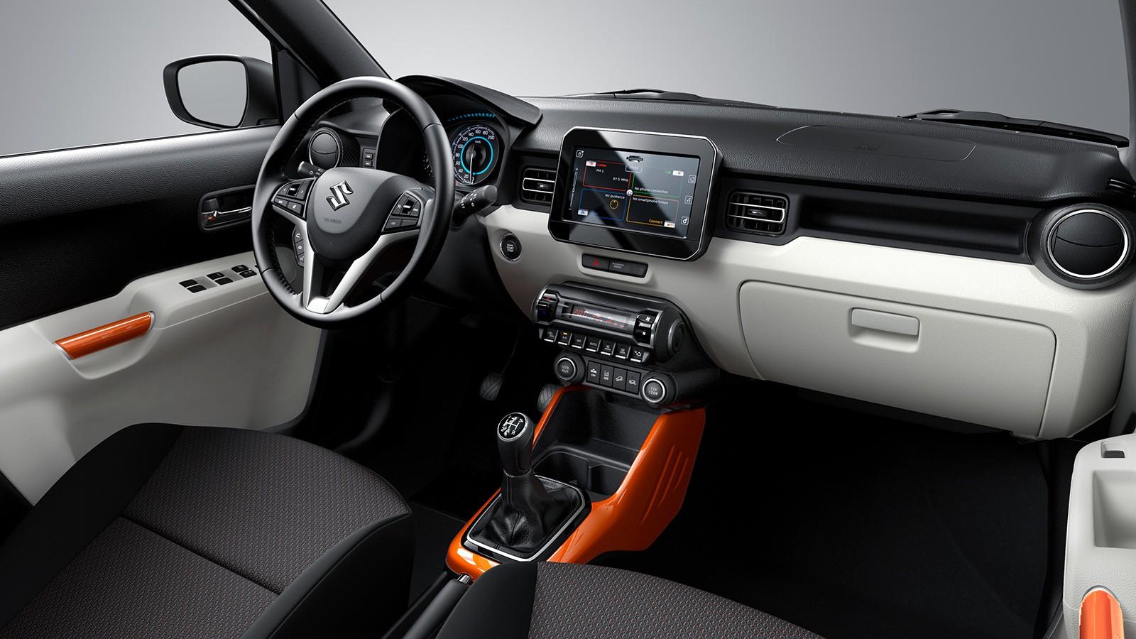 На фото: салон Suzuki Ignis