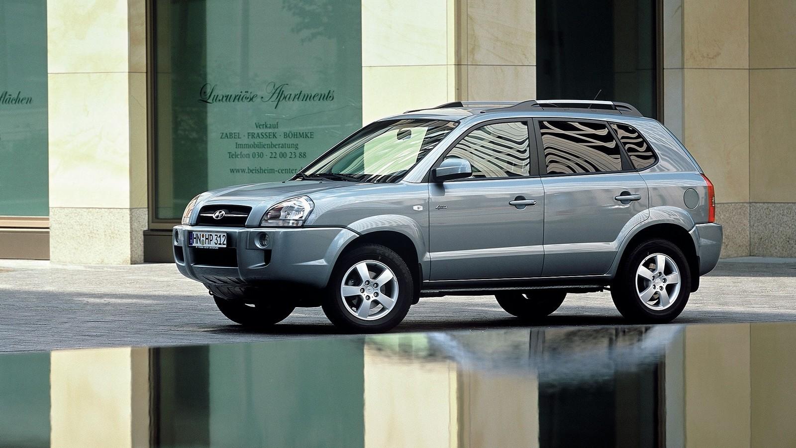 Hyundai Tucson Worldwide '2004–09
