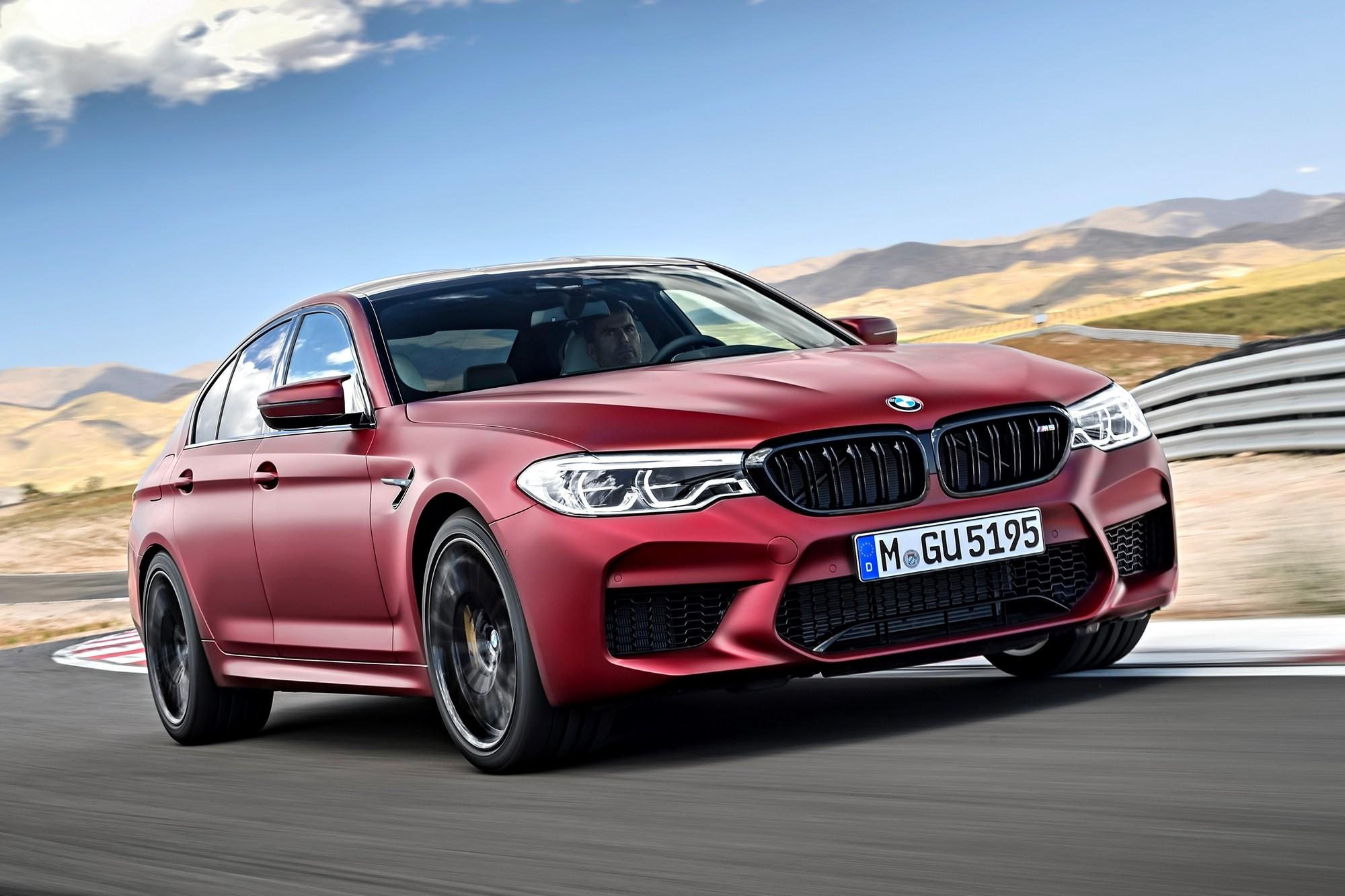 Замыкает коробку: BMW отзывает в России спорткары М5 и М8