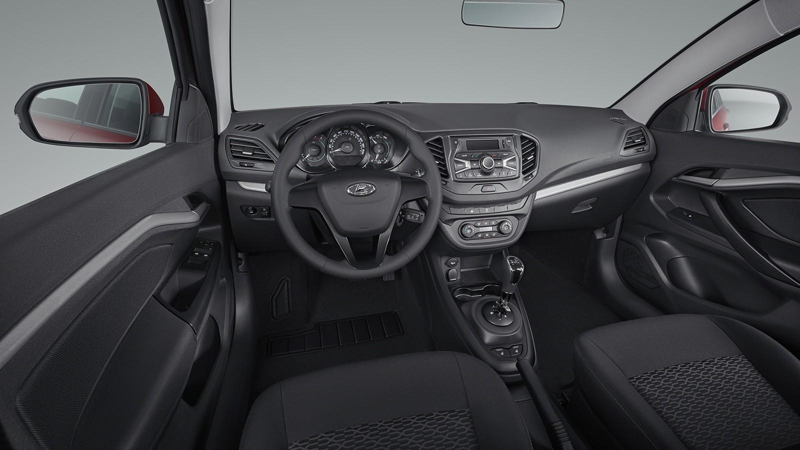 На фото: салон Lada Vesta