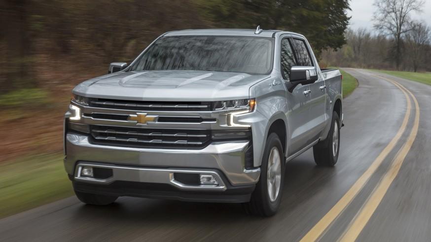 Chevrolet дразнит новым видео: у Silverado EV будет большая стеклянная крыша