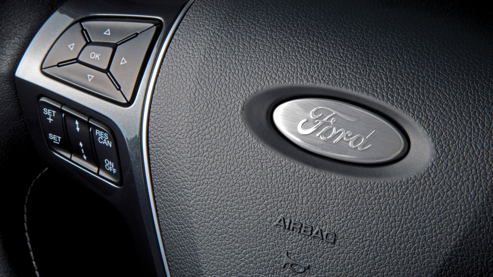 Ford-Explorer-2016-1600-14