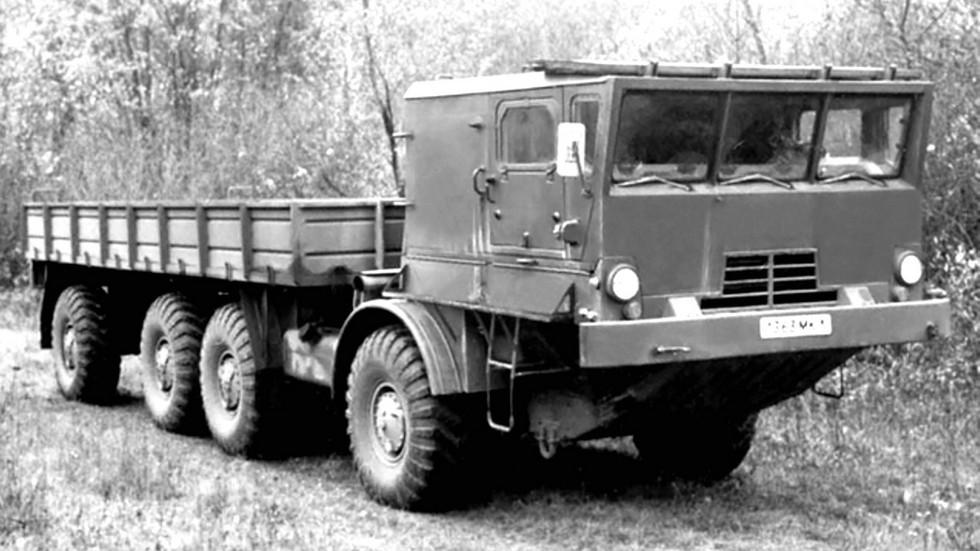 Низкобортный многоцелевой автомобиль БАЗ-135МБП (из архива Н. Щербакова)