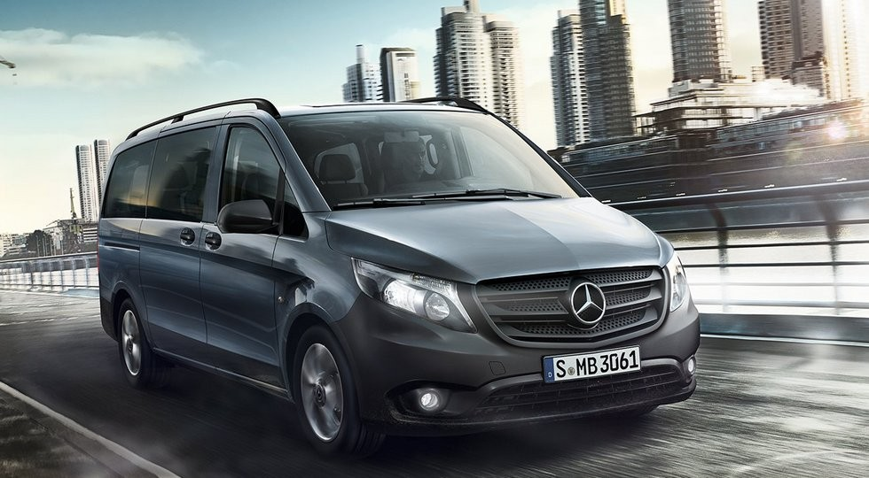 На фото: Mercedes-Benz Vito Tourer