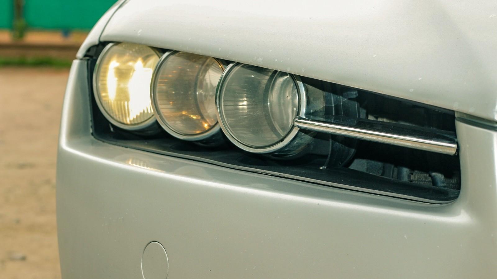 Alfa Romeo 159 фара